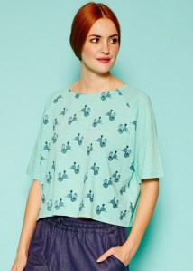 bee-print-tee-in-turquoise-3c4ffcd7c7f5