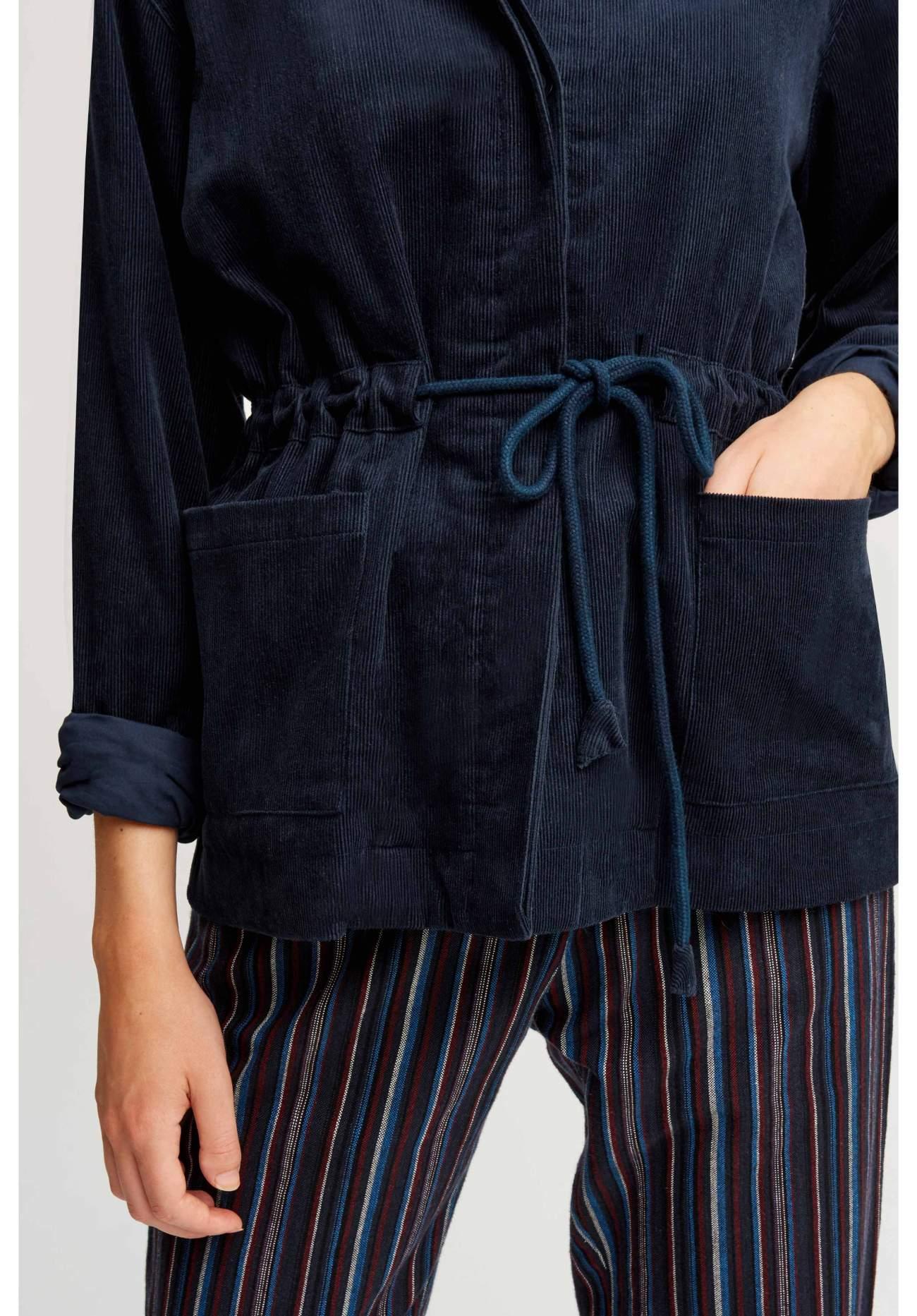 hollis-corduroy-jacket-53b9ec370d86